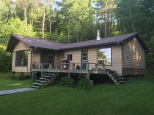 Cabin for sale in Canada